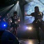 ゴシックアイドルAphrodite、TSUTAYA O-WESTで3ヶ月連続シングル発売を記念し、ワンマンを実施。漆黒の世界に墜ちた黒い天使たちと作りあげた嘆きと興奮の景色。
